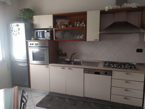 Cucina In Ciliegio Usata : Cucina moderna ciliegio e panna posot class
