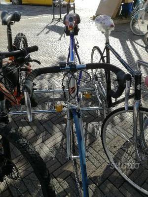 Bicicletta Corsa Vektor