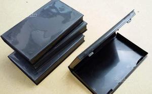 Custodie VHS nuove a 25 centesimi l'una