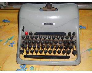 Olivetti Lexikon 80: macchina da scrivere d'epoca
