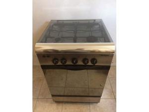 Cucina Stufa a gas Fornello fuochi con forno