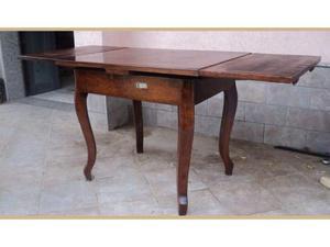 Tavolo apribile in pioppo e radica di pioppo