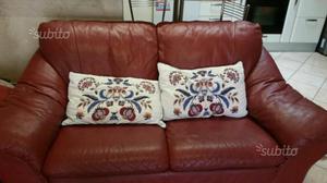 due divani in pelle da ritirare