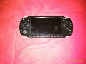 Sony PSP mod. con3 giochi e custodia(NO BATT.)