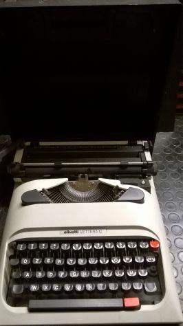 Macchina Da Scrivere Vintage Olivetti Lettera 12