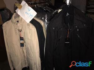 stock vestiti uomo e donna