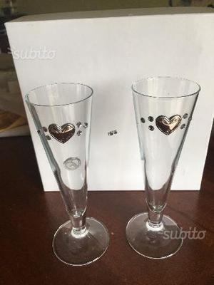 Bicchieri con strass e cuori