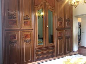 Camera da letto in legno completa
