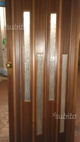 Porta a soffietto in legno laminato genova posot class - Porta a soffietto in legno ...