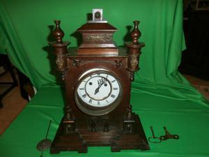 antico orologio a pendolo da tavolo in legno,T H