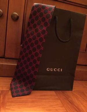 Cravatta Gucci originale