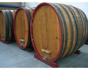 Botti barili barriques usati per arredamento posot class for Botte arredamento