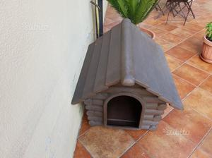 Cuccia in plastica / resina per cani di piccola e