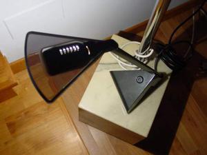 Arteluce Mantis - lampada da tavolo originale space age