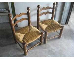 Coppia di sedie basse da arredamento o per bambini