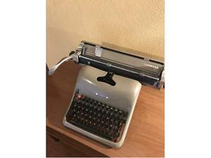 Olivetti Lexikon 80, macchina da scrivere, anno