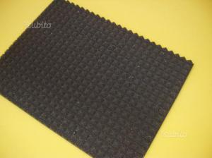 20mq pannelli piramidali fonoassorbenti 100x100x3