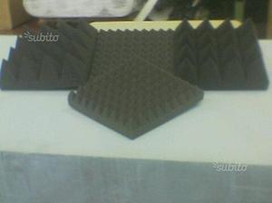 50mq pannelli piramidali fonoassorbenti 100x100x3