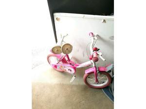 Bici e monopattino per bambina