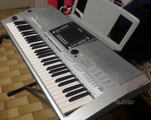 Tastiera Yamaha PSR 710