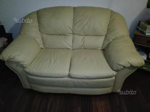 2 divani in pelle