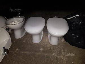 Lavandino bidet water wc sanitari con rubinetti