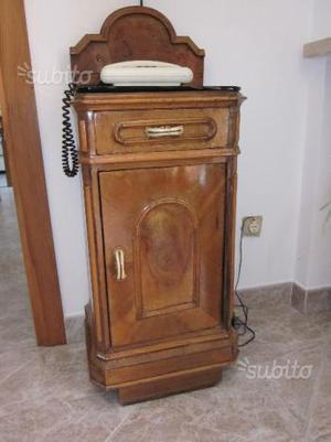 Mobiletto antico restaurato