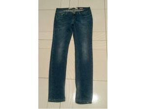 Pantaloni e Jeans in blocco