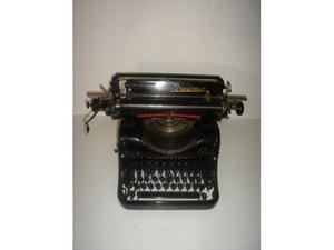 Rarissima macchina da scrivere diplomat mod 1 anno