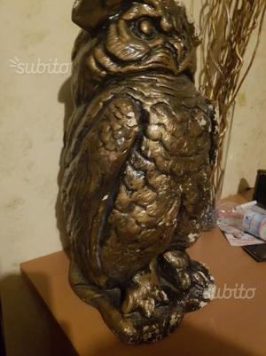 Statua gufo di gesso