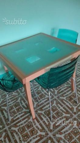 Tavolo allungabile Calligaris con quattro sedie