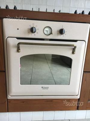 Vendo forno ariston ad incasso fb51 2 terni posot class for Forno ad incasso ariston