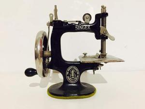 mini macchina da cucire posot class