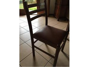 8 sedie in legno imbottite