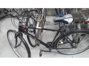 Bicicletta uomo atalla nera sella alta