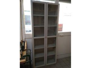 Libreria a vista molto comune nascosto posot class - Libreria billy ikea ...