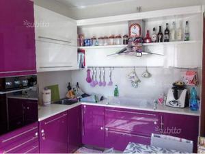 Cucina angolare con piano in okite posot class - Cucina completa angolare ...
