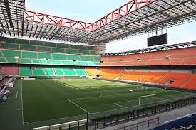 Settori san siro poltroncine rosse corporate hospitality for Poltrone parrucchiere usate