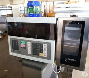 bilancia e metal detector su nastro usati