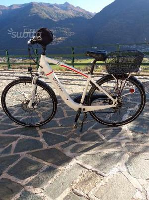 E Bike pedalata assistita