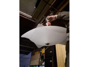 Lampadario di design in vetro satinato