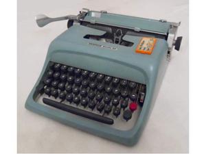 Macchina da scrivere meccanica Olivetti Studio 44 Arancione