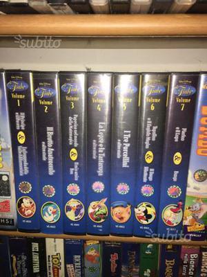 Stock videocassette di Topolino,Paperino, Pippo