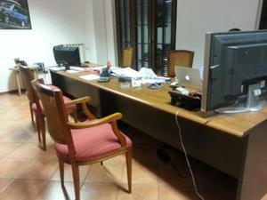scrivanie e mobili per ufficio