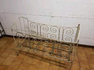 Culla lettino antico in ferro battuto