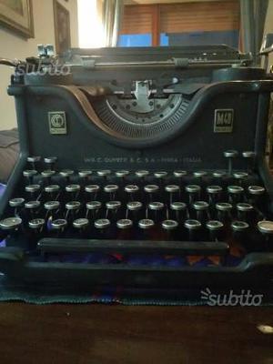 Macchina da scrivere OLIVETTI M40 D'EPOCA