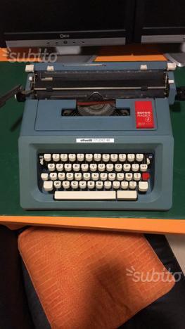 Macchina da scrivere Olivetti studio 46