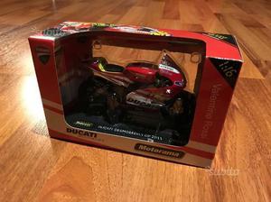 Modellino Moto Ducati  Valentino Rossi