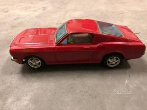 Modellino ford in latta anni 60