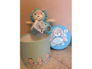 Peluche Pupazzo Leone Chicco Soft Cuddles con marionetta